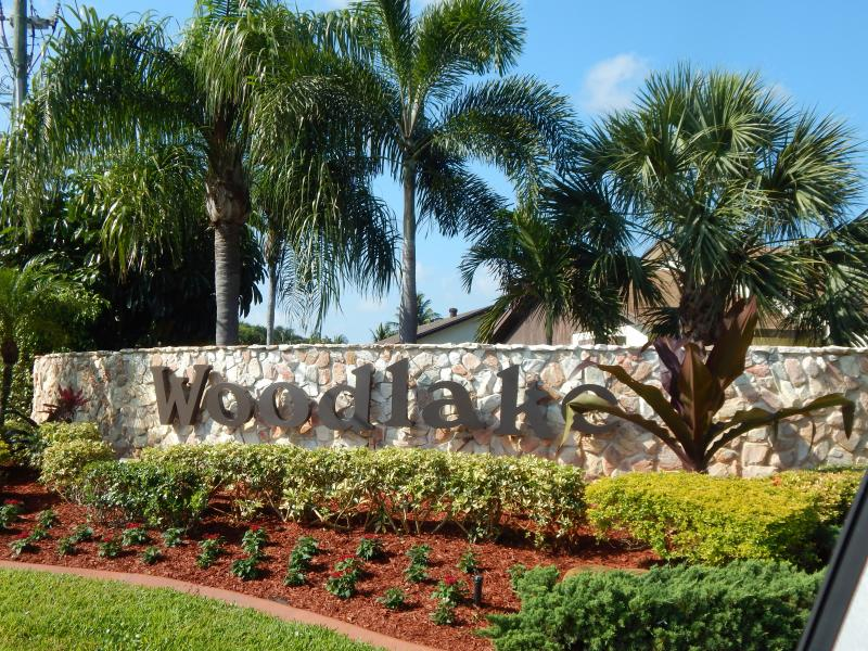 357 SW 27th Terrace, Delray Beach, FL 33445 Woodlake Villa rent Carolyn Boinis